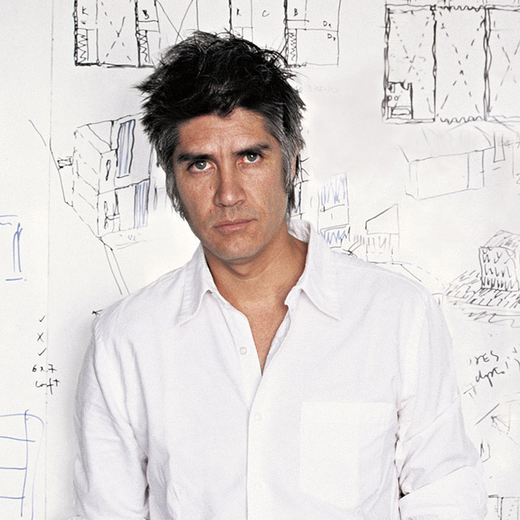 Alejandro-Aravena_portrait