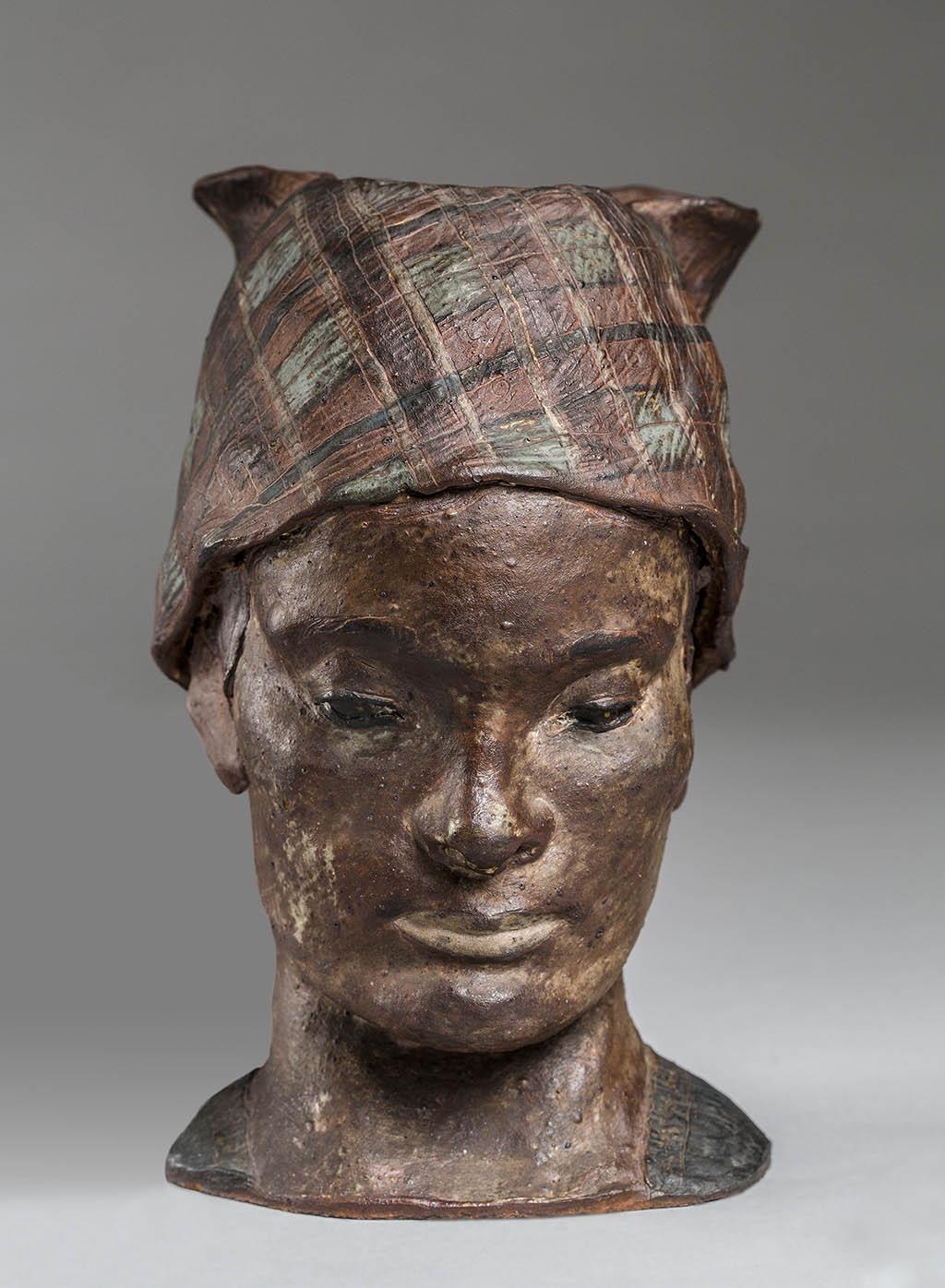 Поль Гоген Голова женщины с Мартиники в косынке 1887-1888 Неглазурованная керамика