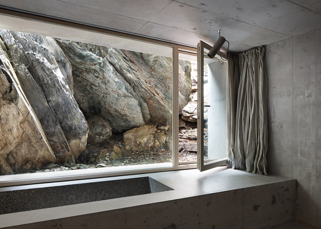 concrete-cabin-in-the-swiss25