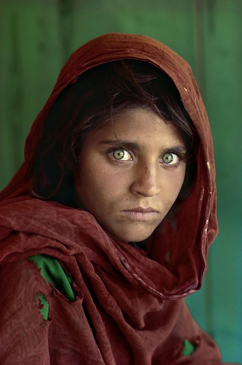 "Steve McCurry ""Afghan girl"" 1984"