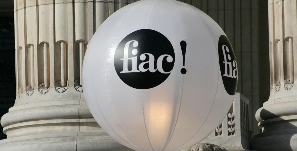 Без раздумий: что покупать на ярмарке FIAC в Париже