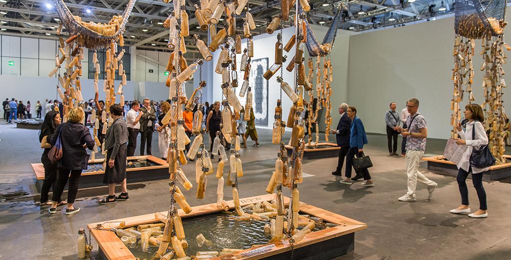 Открылась ярмарка Art Basel