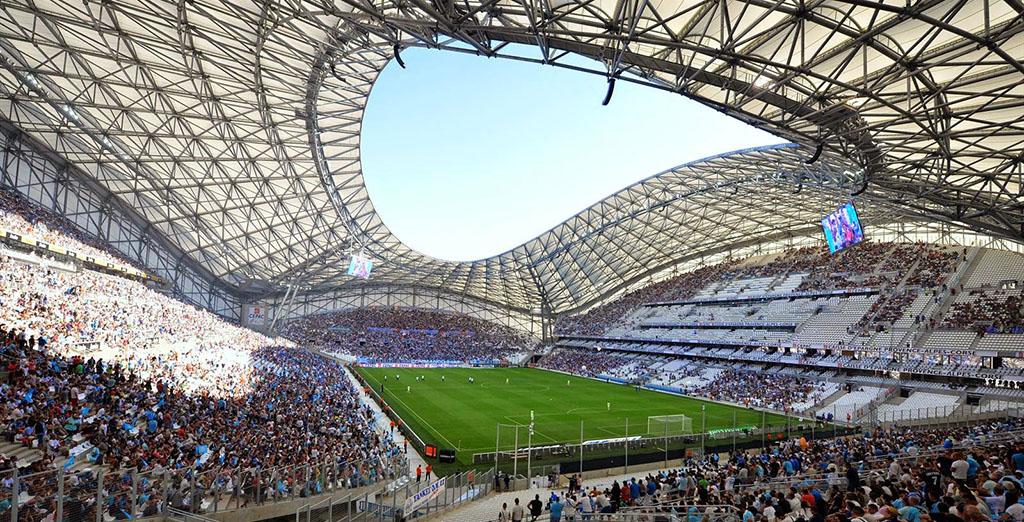 ТОП-10 самых невероятных стадионов мира