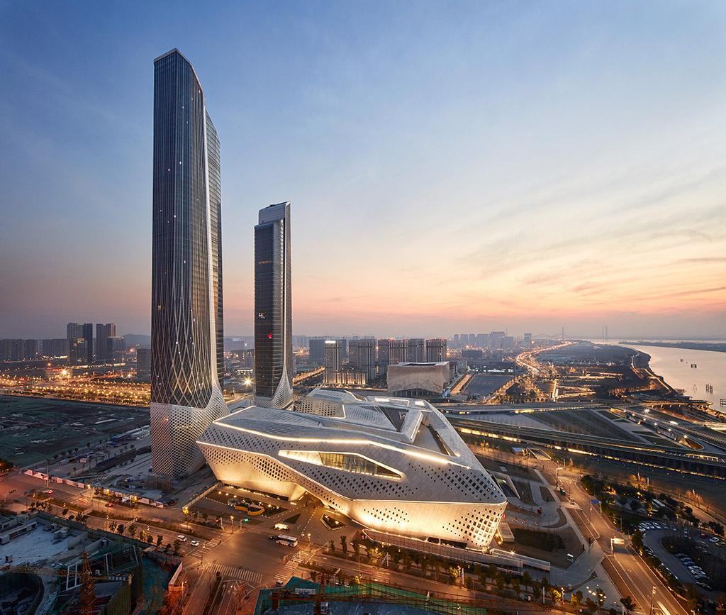 http://art-and-houses.ru/wp-content/uploads/2018/12/ZHA_Nanjing6.jpg